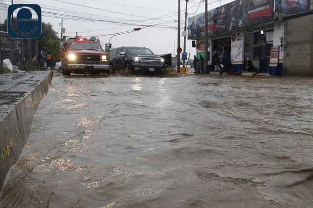 Anuncian lluvias torrenciales en Puebla por huracán Grace