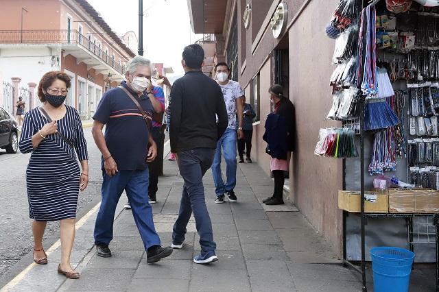 Exhorta arzobispo de Puebla a usar cubrebocas ante pandemia