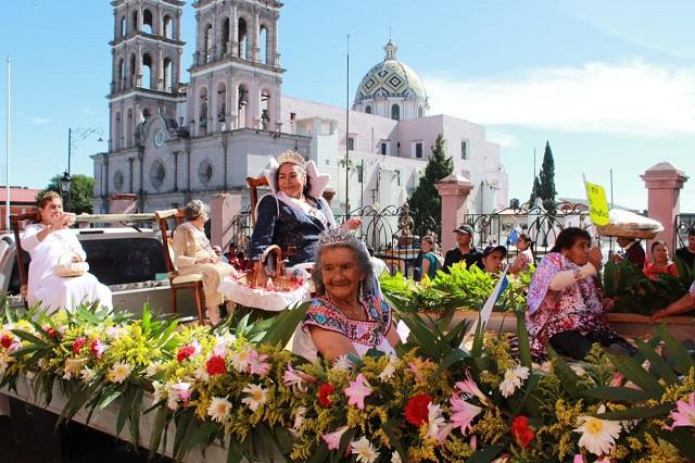 Festejan el día del adulto mayor en Teziutlán