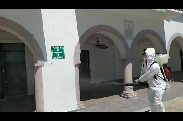 Continúa fumigación en espacios públicos de Teziutlán