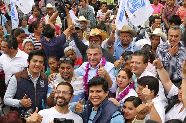 Gali plantea inversiones para alentar turismo en Pahuatlán