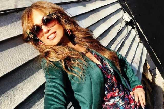 Llaman hipócrita a Thalía por felicitar a su abuela sólo por Instagram
