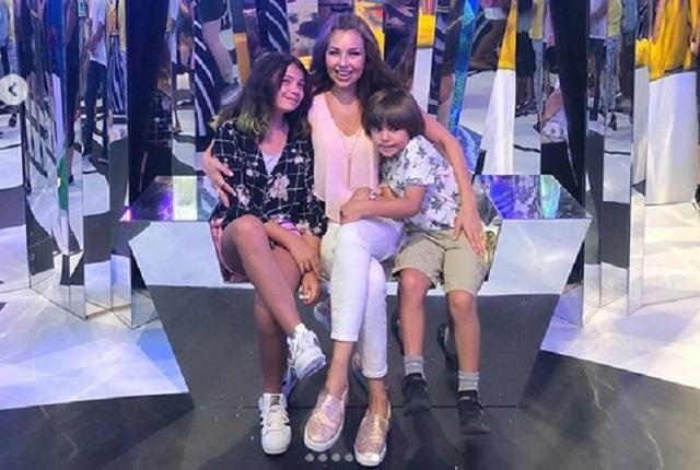 Youtuber sorprende a hijo de Thalía y ella comparte momento