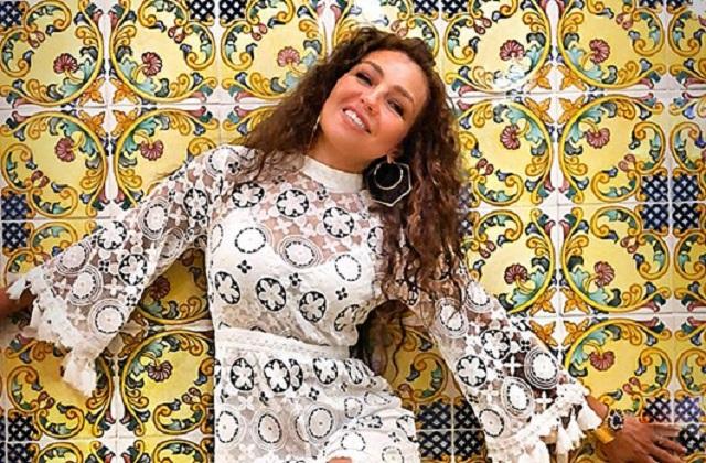 Thalía celebra con salto extremo el éxito de su videoclip No me acuerdo