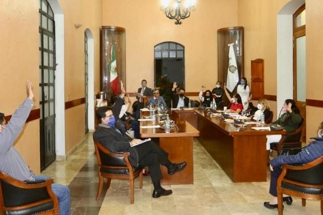 Cabildo de Tehuacán niega asumir suplencia a ex directora de Ingresos
