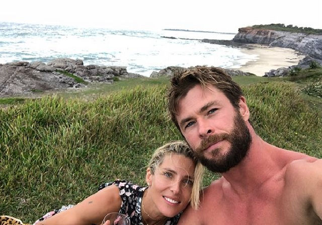 Video: esposa de Chris Hemsworth lo graba lavando trastes