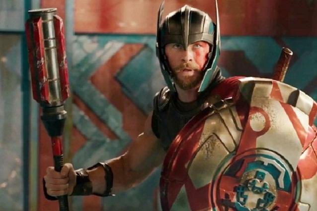Miley Cyrus acompaña a Chris Hemsworth en premiere de Thor: Ragnarok