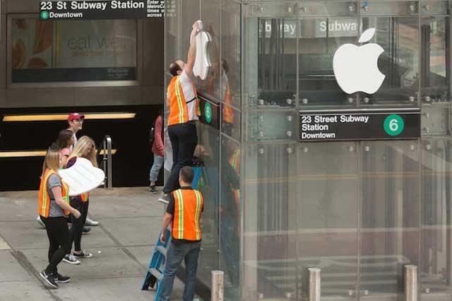 Broma viral: Engañan a clientes que buscaban un iPhone X con falsa tienda