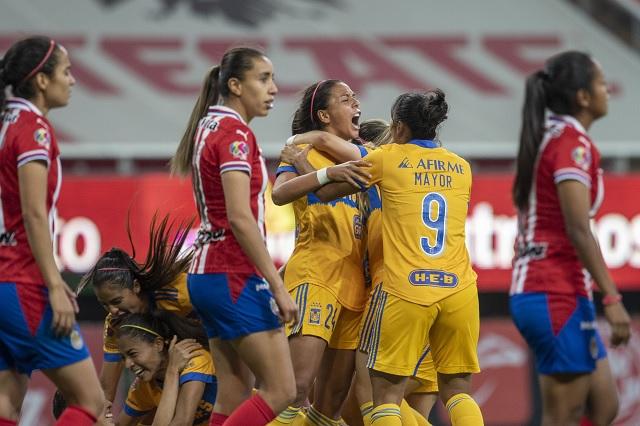 Tigres Femenil toma la ventaja en la final de ida ante Chivas