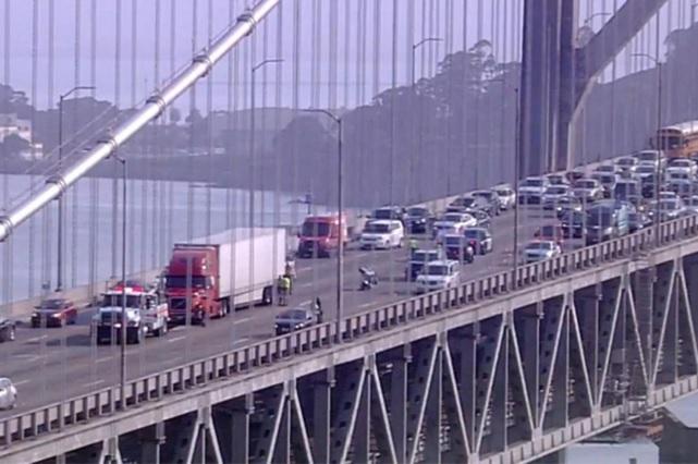 Tiroteo en Bay Bridge de San Francisco deja saldo de un muerto