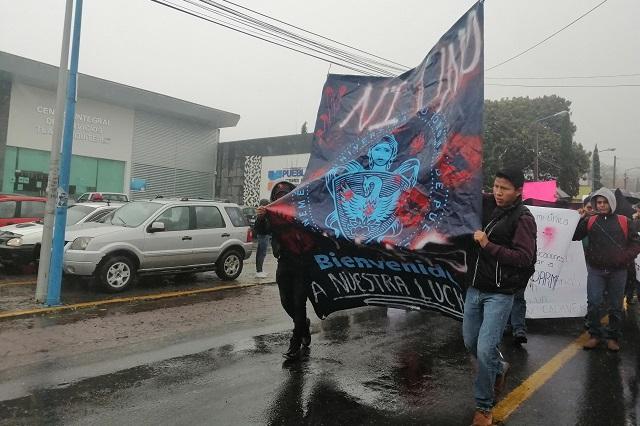 BUAP Tlatlauquitepec se une a paro de labores