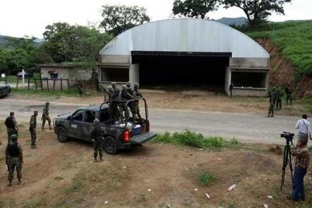 Sentencian por tortura a 4 policías implicados en caso Tlatlaya