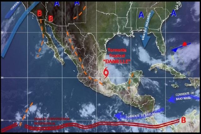 Toca tierra en Veracruz la tormenta tropical Danielle