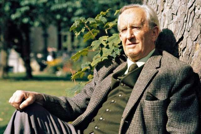 5 datos que no conocías sobre J. R. R. Tolkien