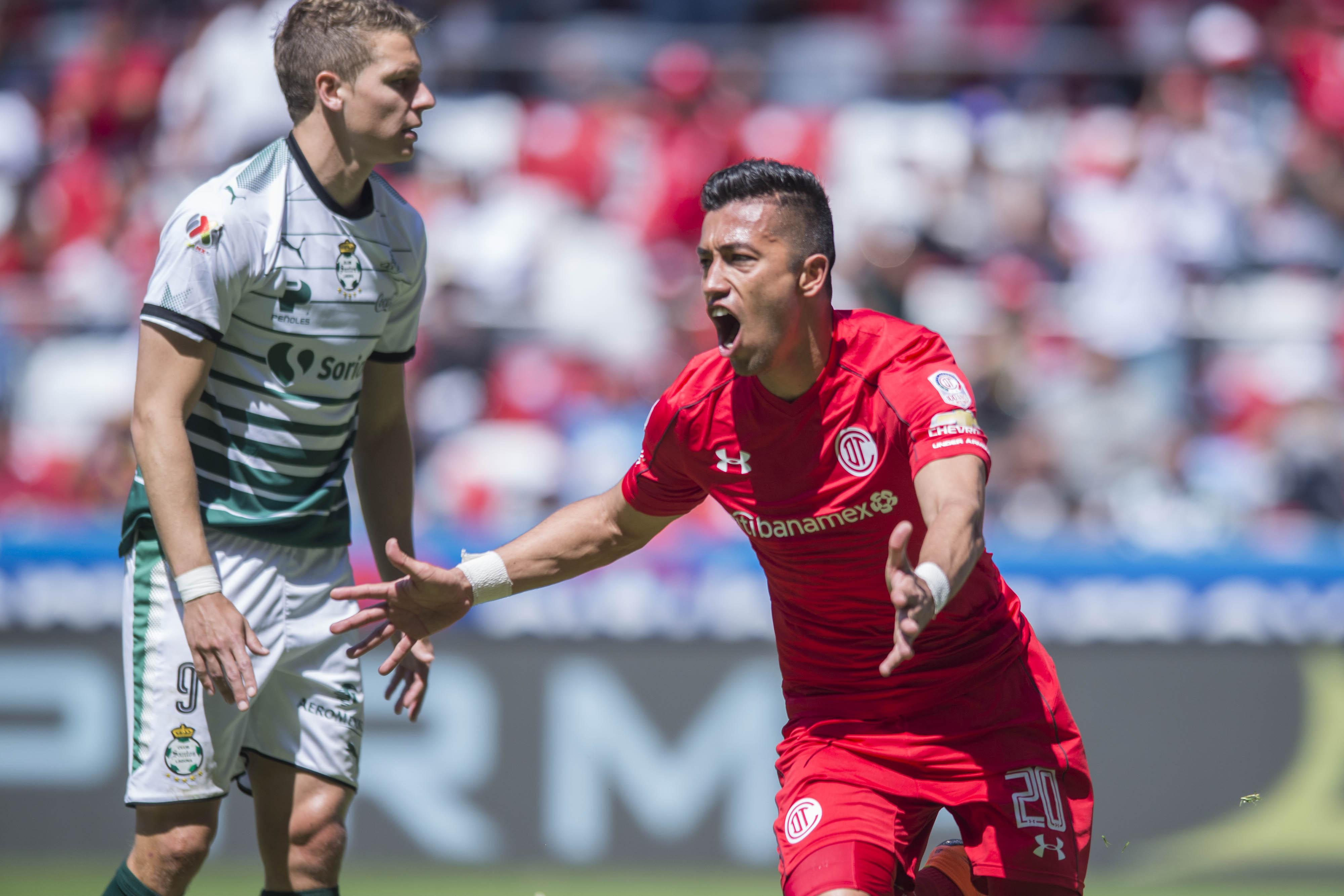 Toluca rompe racha de Santos y lo baja a la segunda posición