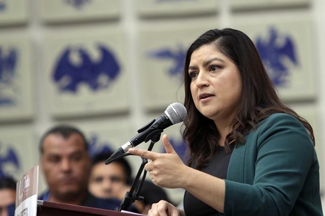 Haré cambios pero no bajo presiones, dice Claudia Rivera