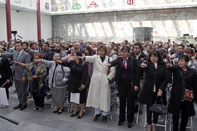 Aprueban reformas para regular juntas vecinales en Puebla