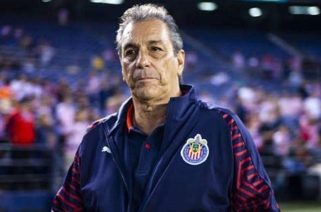 Tomás Boy siente que no peligra en el banquillo de Guadalajara
