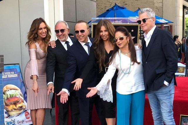 Esposo de Thalía desvela su estrella en paseo de la fama en Hollywood
