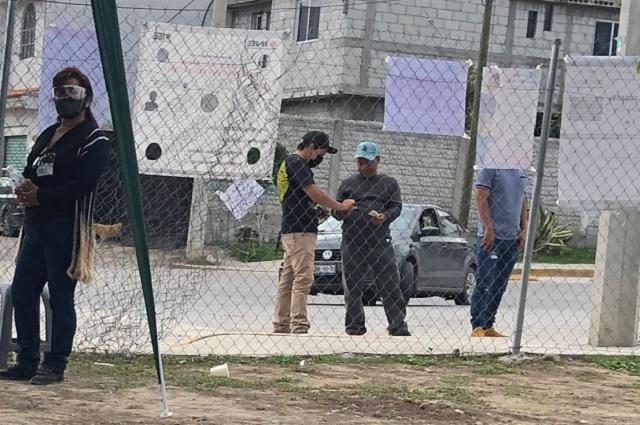Toño López compra votos en el Distrito 20
