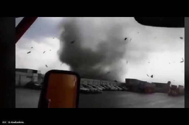 Videos: Tornado golpea Apodaca, NL, y pobladores graban lo que vivieron