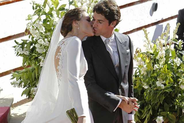 El torero Cayetano Rivera y la modelo Eva González, se dieron el sí