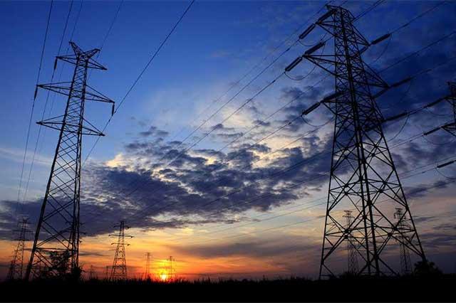 Acusarán de fraude a compañías de electricidad privadas: AMLO
