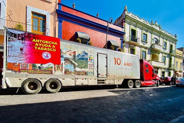Antorcha envía 80 toneladas de ayuda a damnificados en Tabasco