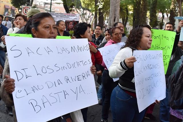 Policía protege a líder sindical ante protesta de naranjitas