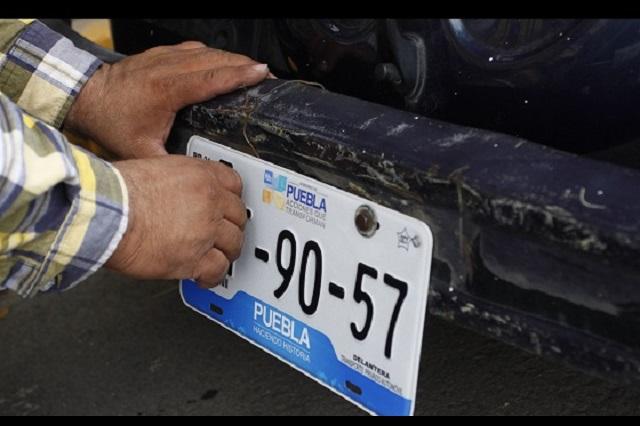 Empresas de Puebla, Tlaxcala y CDMX van por contrato de placas