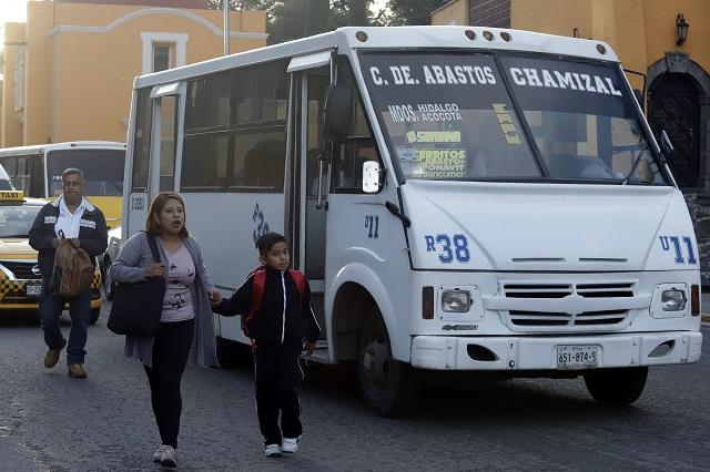 ¿Es caro modernizar un microbús de transporte público en Puebla?