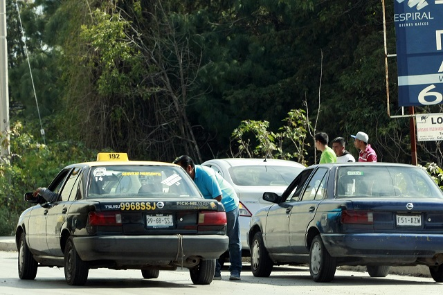 Restringen paso de taxistas foráneos a Teziutlán por Covid-19