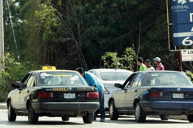 Balean y apuñalan a taxista en la colonia Villa Guadalupe