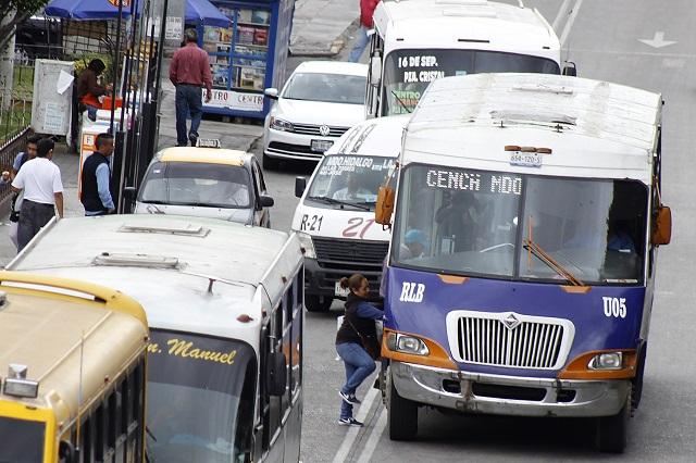 Transporte público provoca 50 % de la contaminación del aire