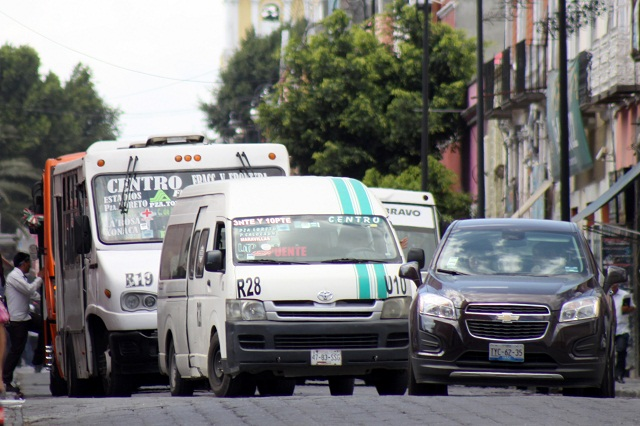 Cobran derecho de piso a transporte público en Puebla para evitar asaltos