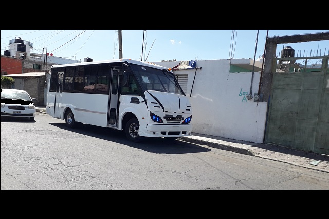 Concesionarios de Atlixco adeudan modernización del transporte