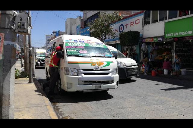 Va lento el equipamiento de transporte público en Tehuacán