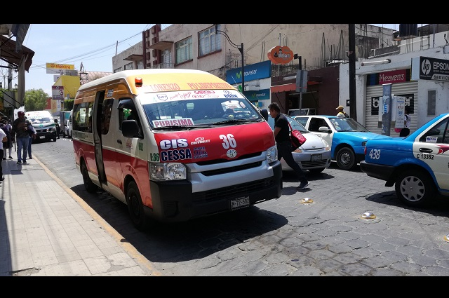 En Tehuacán no cobrarán pasaje a médicos y enfermeras