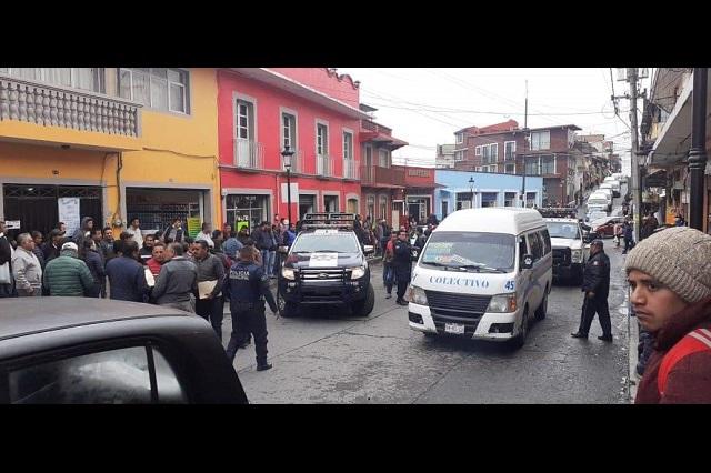 Transportistas incumplen acuerdo y vuelven al centro de Teziutlán