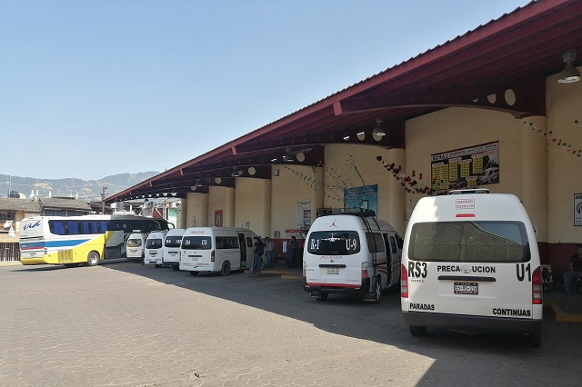Transporte público de Zacapoaxtla reduce corridas por contingencia