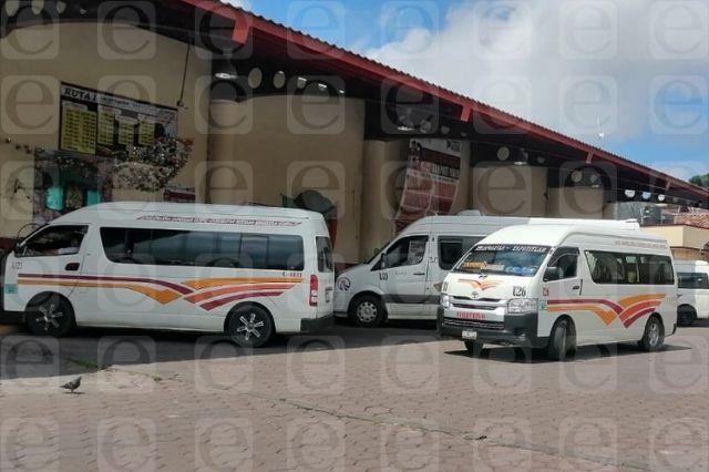Transportistas de Zacapoaxtla incumplen medidas anticovid