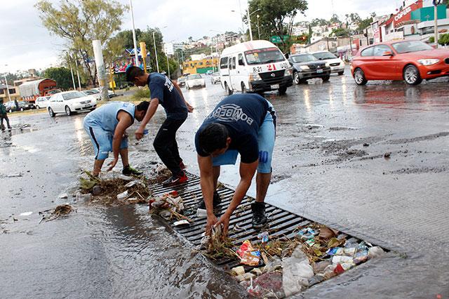 Basura es peligrosa en temporada de lluvias, alertan