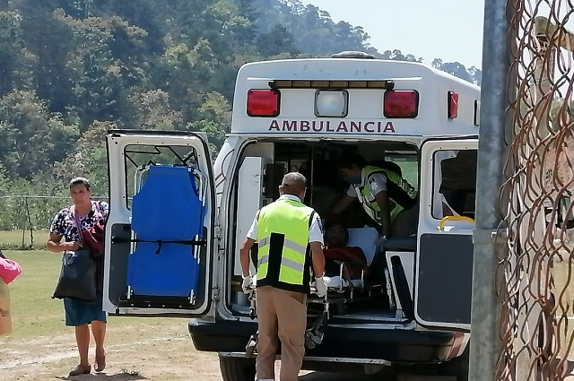 Trasladan a joven que sufrió accidente de Chiapas a Zacapoaxtla