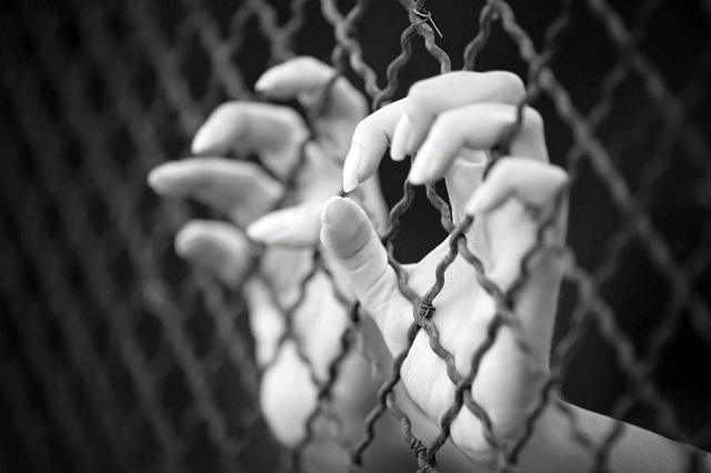 En cada familia, el origen y la solución a la trata de personas