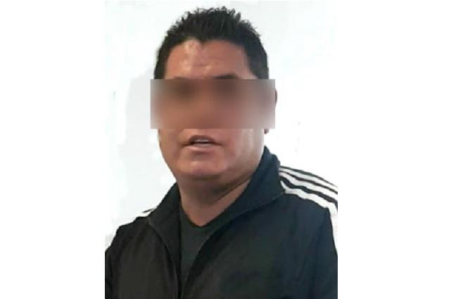 Detienen en Puebla a policía ministerial de Tlaxcala por prostituir a su pareja