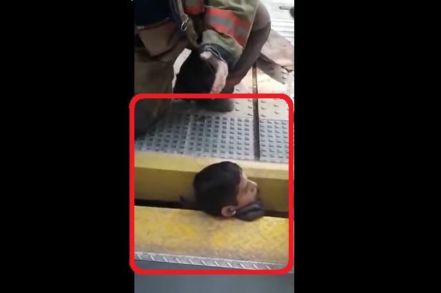 Rescate asombroso: Salvan a chico atrapado entre tren y andén
