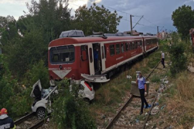 Muere al ser arrollado por tren durante transmisión en vivo