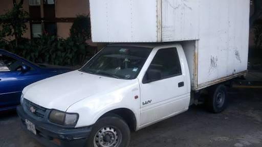 Buscan camioneta LUV robada en Puebla