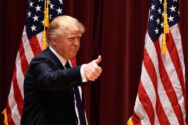 Trump presume que récords de Wall Street son por su mandato