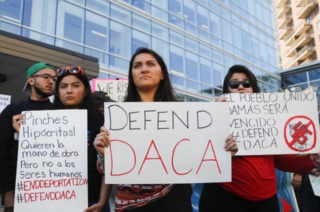 Juez dictamina que Trump sí puede terminar con el programa DACA
